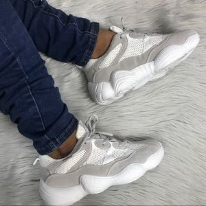 ♥️Trendy Grey & White Fashion Sneaker